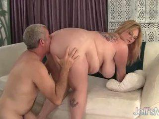 Liels boobed lielas skaistas sievietes kali kala lina jāšana a resnas loceklis