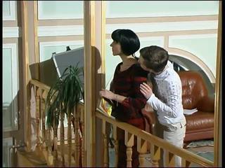 Russian Mom: Free Mature Porn Video d4
