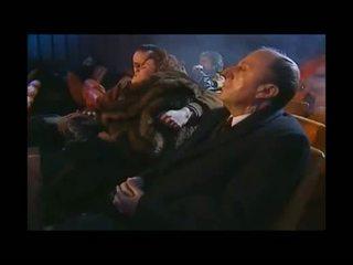 Grūti kinoteātris