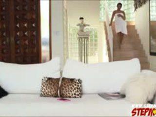 거대한 가슴 ada sanchez shares 수탉 에 새엄마 diamond kitty
