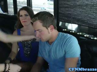 Abby перетинати tugging пеніс з friends