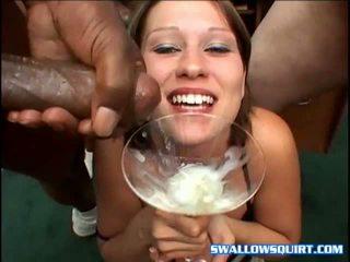 Buli szajha astrid drinks elélvezés cocktail