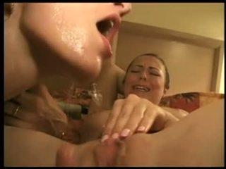 Strūkla par lesbietes seja video