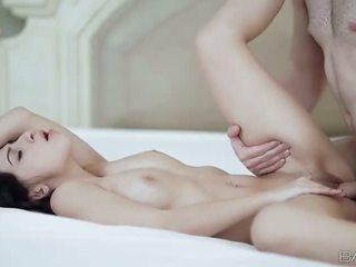 Стегнат gal allie jordan nailed на на легло