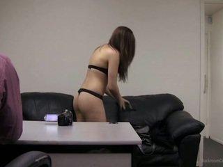 Pouvoir moi prendre ma clothes de?