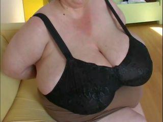 Le chupan las tetas a mi tia la gorda, 포르노를 17