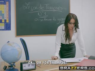 Brazzers - liels bumbulīši pie skola - romantika languages aina