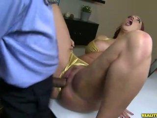 Kelly divine fucks ב ביקיני