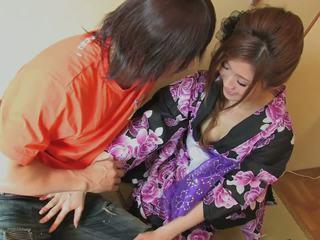 Owadan geisha gets her amjagaz licked by randy hunk