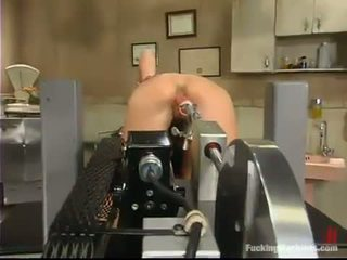 Wenona Has Her Sexy Vag Smashed By A Shafting Machine And Appreciates It