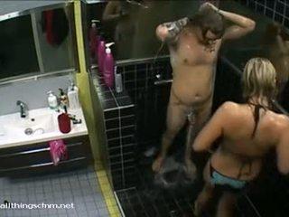 Финландски момиче в бикини soaps нагоре нудисти boyfriend