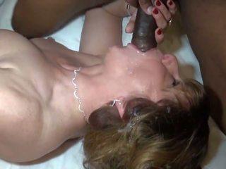成熟 loves 她的 黑色 solid sausage, 高清晰度 色情 a4