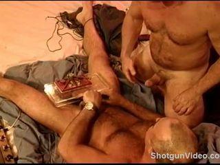 Siksaan alat kelamin pria session dengan sebuah gay besar dan saya vise