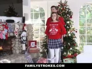 Familystrokes - pieprzenie mój step-sis podczas holiday święta pics wideo