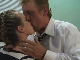 Kagney Linn Karter gets tired of studying and takes a hard fucking break?