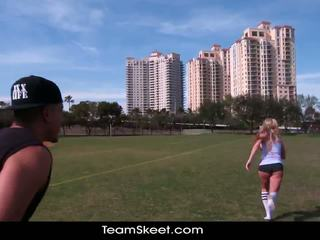 Therealworkout 臟 金發 addison avery 做 愛 後 football 訓練