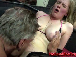 Prostitutka gets göti ýalamak and sperma