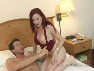 Hooker sucks big boner before sex with a guy in a hotel