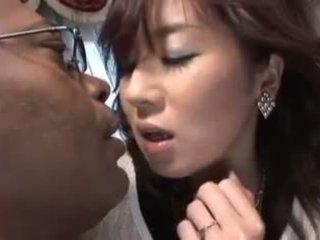 일본의 비디오 651 아내 과 검정 수탉 3p
