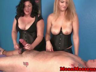 Kohout a míček mučení masseuses amber a elaine dominating: volný vysoká rozlišením porno 69