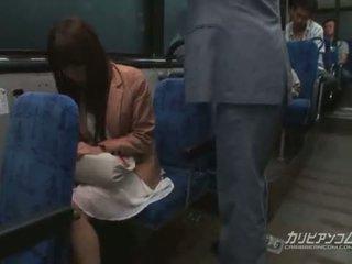 Chikan gefickt auf bus