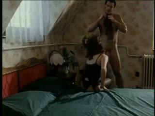 Heiß erika bella gets orgasms