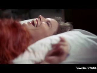 Candy clark unclothed the vīrietis kurš fell līdz earth (1976)