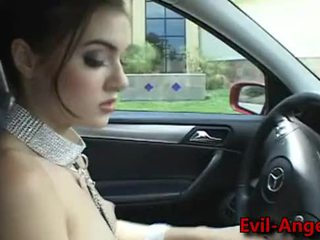 Sexy slave receive a very hard in sex