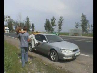 krievu, auto, sasitu