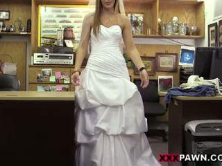 O noiva e dela casamento vestido