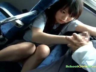תלמידת בית ספר בייב getting שלה פה מזוין מוצצת a guy את
