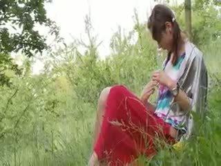 Латвийски natashas обратно към природа