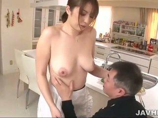 Prsnaté japonské does boobjob