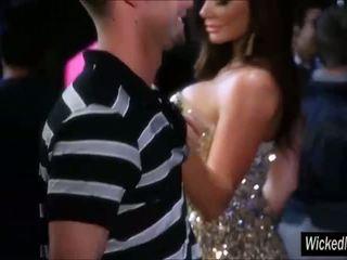 Destiny Dixon picks up a guy at the club