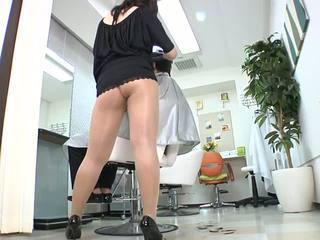 Reiko nakamori sexy barber in collant