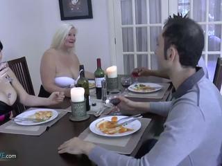 Agedlove oma mollig lacey stern met sie friends: porno d9