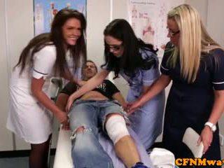 Nurses adele и emma tugging хуй трудно