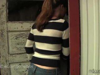 Caliente adolescente jessie parker es un esclava