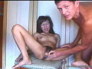 Oriental dilettante remaja sucks dan fucks di depan dari itu camera