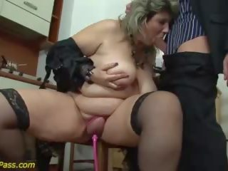 Голям бюст дебеланки възрастни груб анално прецака, безплатно порно 6d