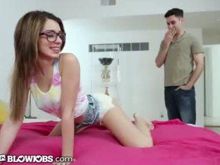 Onlyteenblowjob twerking viņai veids līdz viņai sister's boyfriend's dzimumloceklis