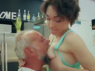 Cutie school prawan first time kurang ajar old man closeup cum walet video