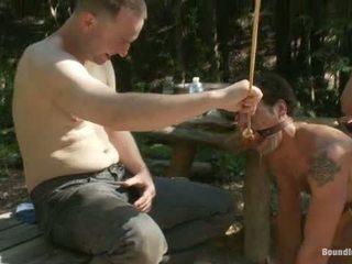 Käyttö ja väärinkäyttö a camp whore