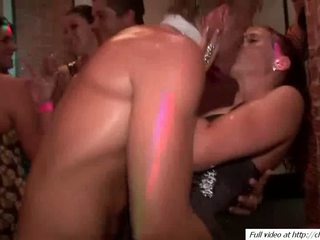 Potrebni guys fukanje bejbe pussys video