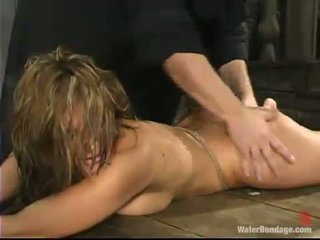 Jackie moore loves having leads onto ei tate și o jucărie în ei hole