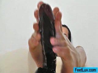 brunette, fétichisme des pieds, pied