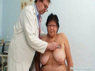 Groß titted elder donna gyn clinic prüfung