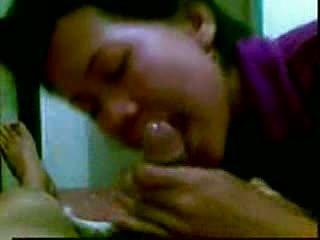 इंडोनीषियन masseur में malaysia
