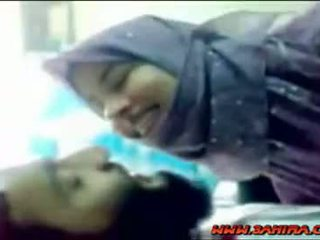 Draguta hijab shows ei corp