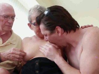 nenek, jatuh tempo, threesome